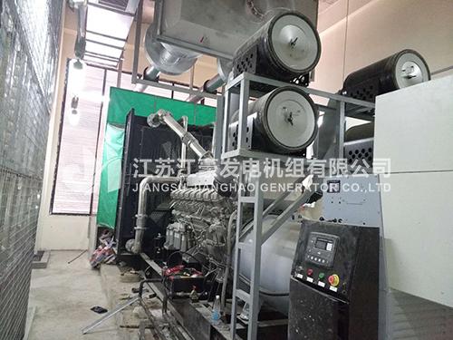 一台1600KW上海菱重配上海马拉松自启动机组调试现场